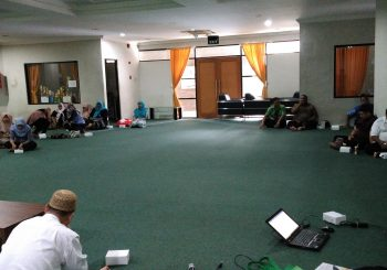 Pengajian Karyawan: Tentang Fardhu 'Ain